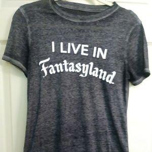 I live in Fantasyland xs tshirt